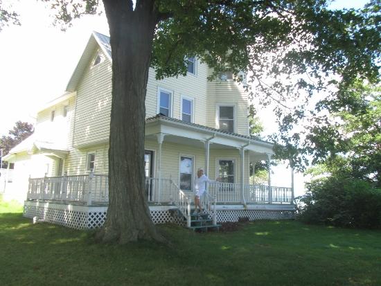 Augustus Hoffman House (550x413)