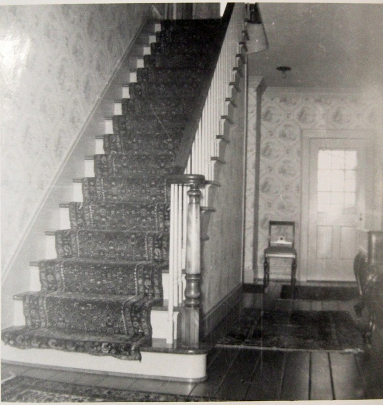 Front entrance hall and staircase 1959 750x